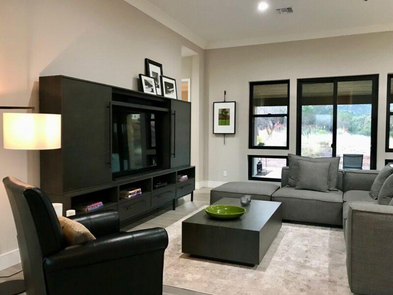 29-Trailwood-Court living room